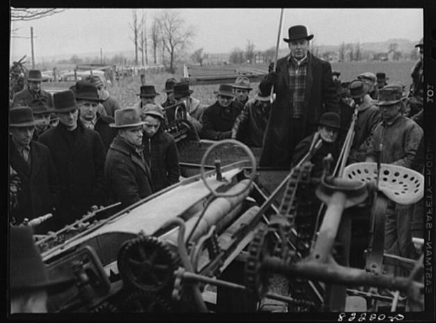 March 1942 © photogrammar.yale.edu