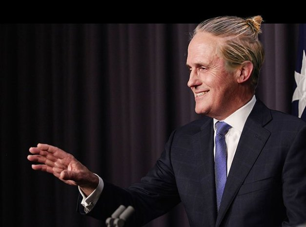 if politicians had man buns (18)