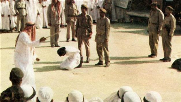 A Saudi man sentenced to death is seen knelt moments before being beheaded in Saudi Arabia. (file photo)