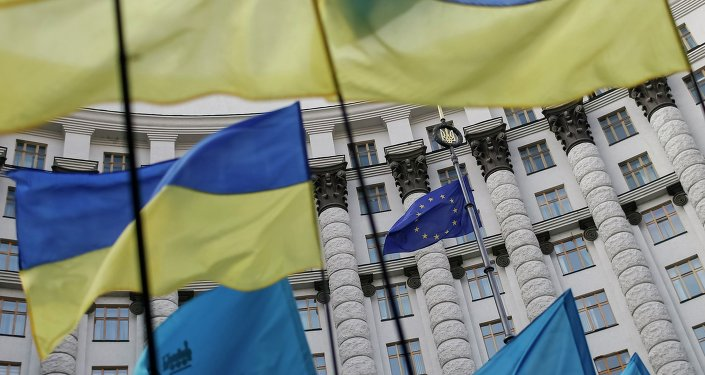 Czech political commentator Alexander Tomský argues that Euro-Atlantic civilization's hubris has led it to make political and security promises to Ukraine which it cannot possibly keep.