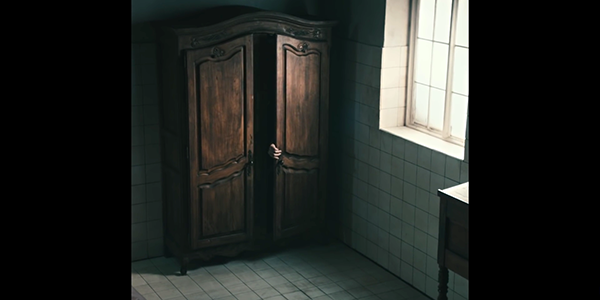 The video ends with occult Bowie retreating back to the dresser and closing the door. That's all folks.