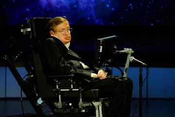 Hawking Supports Search for Intelligent Life, Despite Fears of Destruction