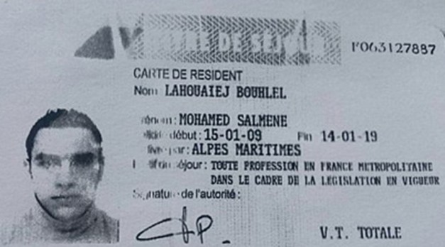 This image obtained by AFP on July 15, 2016 from a French police source shows a reproduction of the residence permit of Mohamed Lahouaiej-Bouhlel, the man who rammed his truck into a crowd celebrating Bastille Day in Nice on July 14 © French police source