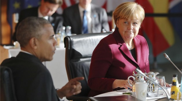 US President Barack Obama and German Chancellor Angela Merkel at the chancellery in Berlin, Germany, November 18, 2016 © Kay Nietfeld