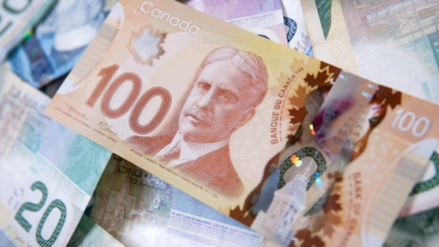 Canada's top 100 CEOs earned an average of $9.5 million in 2015.