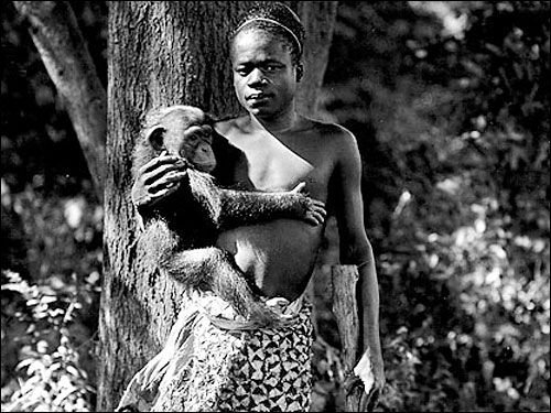 Human zoos existed 16 Depressing Photos That Will Destroy Your Faith In Humanity - Ota Benga, a Congolese pygmy was displayed at the Bronx Zoo in New York City in 1906, and was forced to carry around orangutans and other apes while he was exhibited alongside