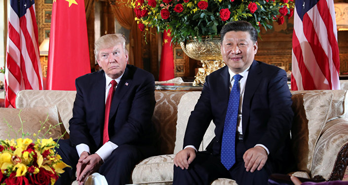 U.S. President Donald Trump welcomes Chinese President Xi Jinping at Mar-a-Lago state in Palm Beach, Florida, U.S., April 6, 2017.
