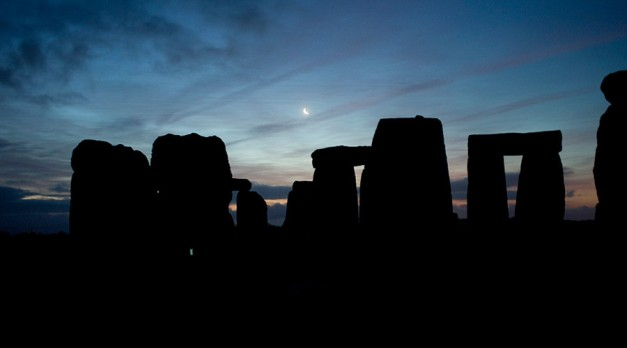 Secret Stone Age engravings can only be seen at night, archaeologists find