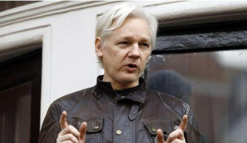 "Assange Lashes Out: ""Hypocritical Motherf*ckers… Remember How I Exposed Your Secret Deal With The Saudis"" Assange20balcony_0"