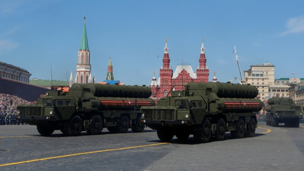 'US law doesn't apply here': India's defense chief resists pressure over S-400 deal with Russia