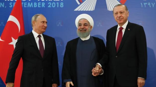 Russian President Vladimir Putin, left, said that he opposed a ceasefire [Anadolu Agency]