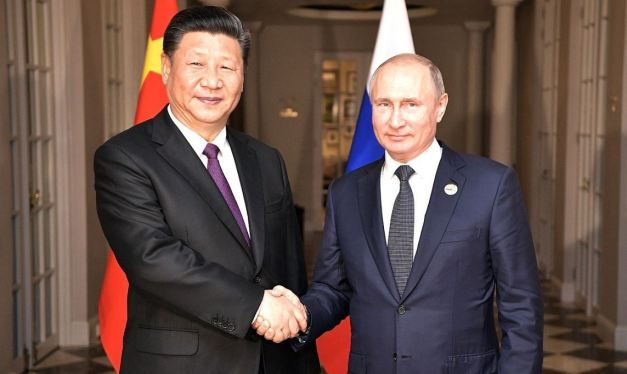 Russia and China Are Containing the US to Reshape the World Order
