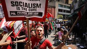 Born in the USSA? Americans cozy up to Socialism as Neocons pursue regime change in Venezuela