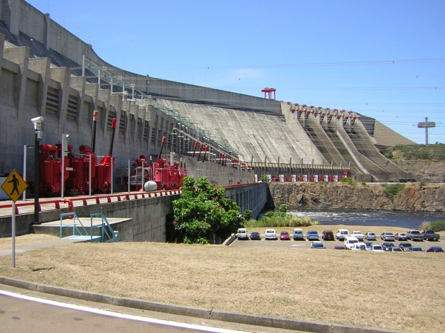 Panoramic view of the Guri Dam. (Wikimedia)