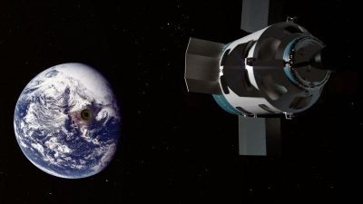 The Madness of Putting 53,000 5G Satellites in Space Space-weapons-400x225